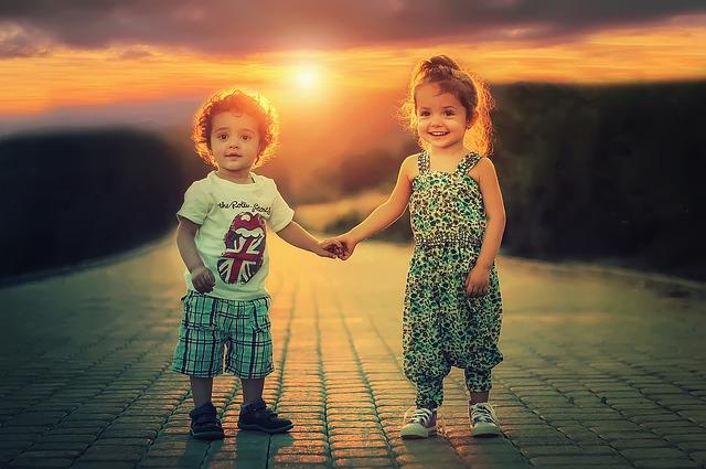 sourozenci za soumraku