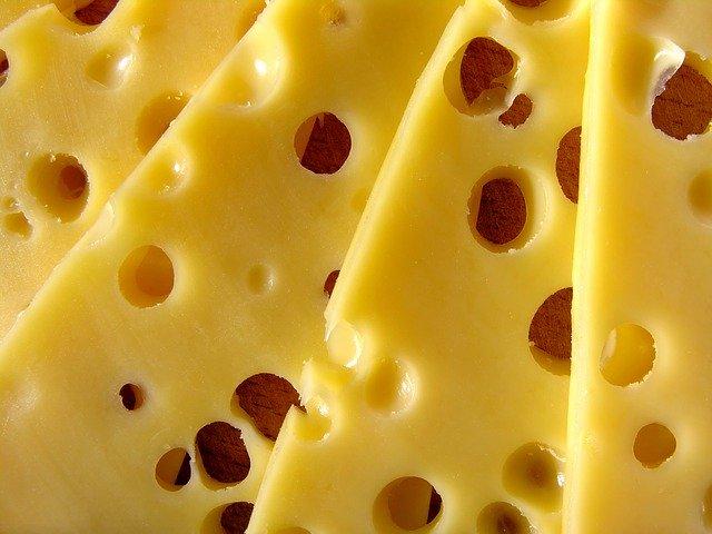 nakrájený sýr
